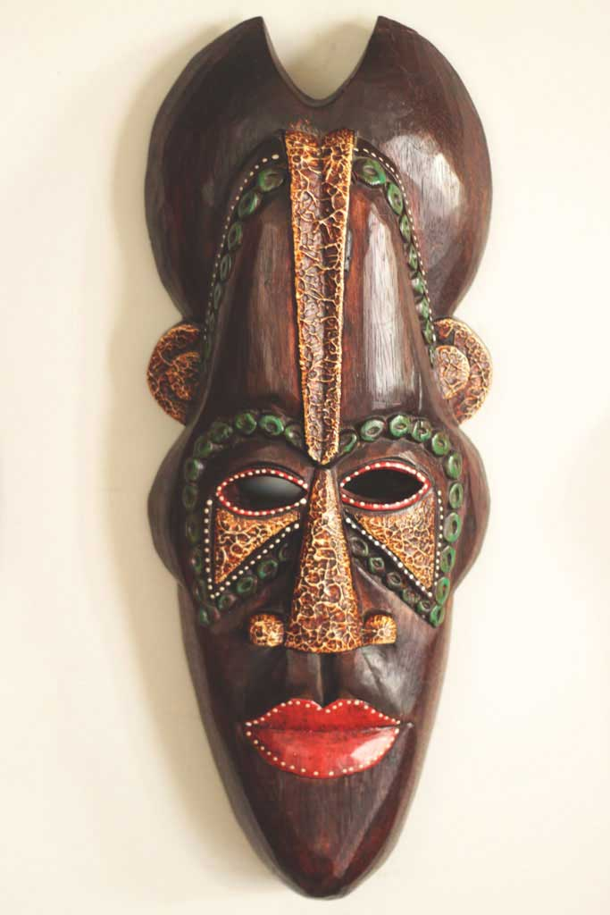 Máscara africana para decoração de parede