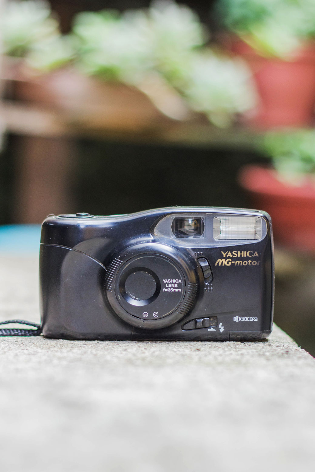 Câmera de fotografia analógica Yashika